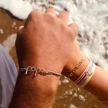 C'est l'amour à la plage ...  On vous souhaite une belle journée sous le soleil ☀️... #padampadam #papa #maman #semainierlovelysummer #summer #plage #playa #ecume #mer #lovelysummer #madeinfrance #bonheur #cestlamouralaplage