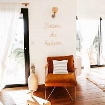 Dans la Maison du bonheur de la belle Margaux @estherjunelife ! Merci pour cette ravissante photo. . On vous embrasse et on vous souhaite un superbe week-end ! . #padampadam #deco #design #architecture #maisondubonheur #bonheur #decoration #interior #home #sweethome #padampadamparis #madeinfrance #bijoudinterieur