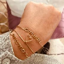 amour ♡ maman ... De doux mots pour bien commencer la journée ! Belle journée à tous ! . #padampadamparis #amour #♡ #maman #madeinfrance #padampadam #bijoux #mode #goldfilled