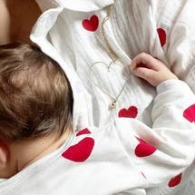 Mon cœur fait Padam Padam ... Notre troisième petit trésor est venu nous combler de bonheur et de joie ... Bienvenue dans la famille jolie petite Marianne... Comme je t'aime ♥️ @angelique_padampadam  . #naissance #coeur #padampadam #coeuralaperle #amour #babygirl #bonheur #coeur #collier #lecoeuralaperle #lecoeurdepadampadam #love #padampadamparis #bebe #maman #mongrandcoeur #neacklace #colliermongrandcoeur